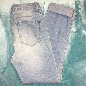 ✨🎉HP🎉✨ NWOT Kardashian Kollection Jeans 👖